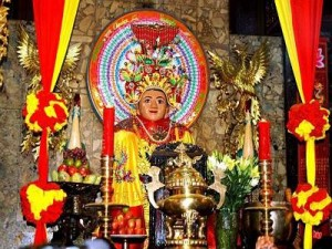 Hanoi: Lung Mach Temple Festival