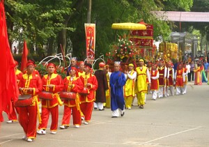 Thap Tam Trai (13 villages) Festival at Bach Thao Park of Hanoi