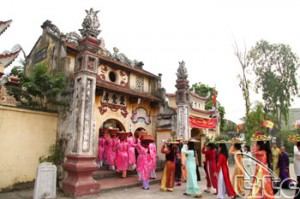 The festival of Huynh Cung Village, Hanoi