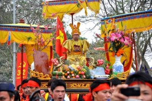 Festival of Prince Knight and King Procession in Hanoi