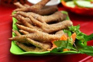 Enjoy chicken feet dishes in Hanoi