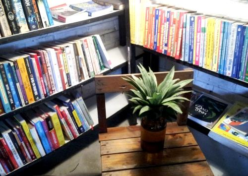 Reading-Book-and-Drink-Coffee-Dak-Lak-in-Hanoi1