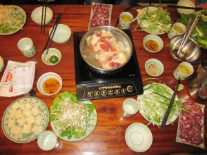 Famous Eateries For Beef Dip Vinegar Broth in Hanoi