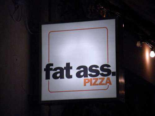 Restaurants-Funniest-Signboards-9