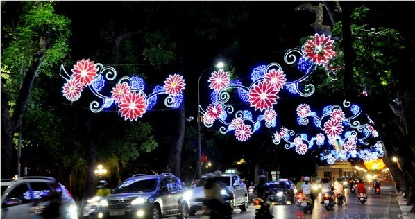 Hanoi-Sparkling-New-Year-2015 (5)