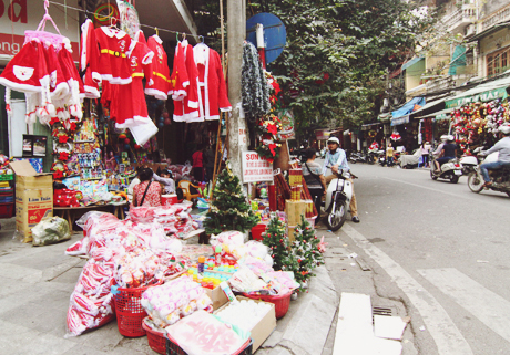 Hanoi-Streets- Christmas-1