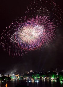 Hanoi Displays Firework at 30 Places on Traditional New Year