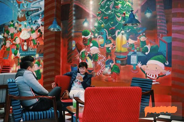 most-decor-christmas-cafe-hanoi (7)