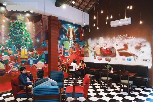 most-decor-christmas-cafe-hanoi (9)