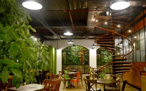 Hanoi: 5 Coffee and Fast Food Shops As Beautiful As Ones In Western Part 2