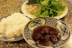 Hanoi Food On Rainy Days: Bun Cha