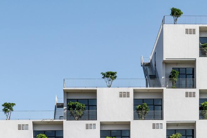FPT University With Uniquely Designed Building  (4)