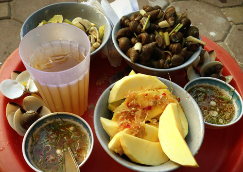 Should- Taste Noshes In Hanoi Autumn  (1)
