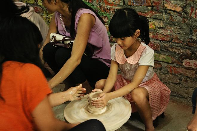 Traditional Ceramic Village In Hanoi  (5)