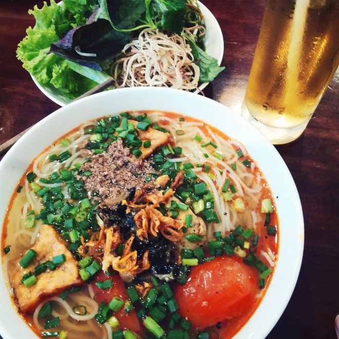 Hanoi Cuisine Enjoy A Bowl of Vermicelli Soup (1)