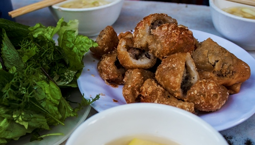 Well- Known Dishes On Ly Quoc Su Street (3)