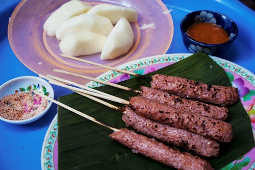Well- Known Dishes On Ly Quoc Su Street (4)