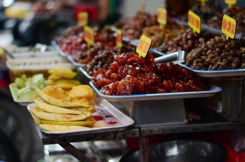 Well- Known Dishes On Ly Quoc Su Street (5)