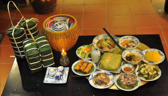 Traditional-Tet-Banquet-in-Vietnam