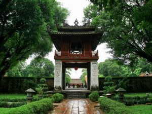Discover Hanoi Temple of Literature