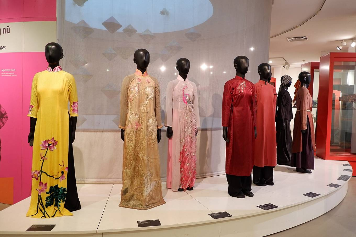 The traditional dress of Vietnamese women is displayed in the fashion floor