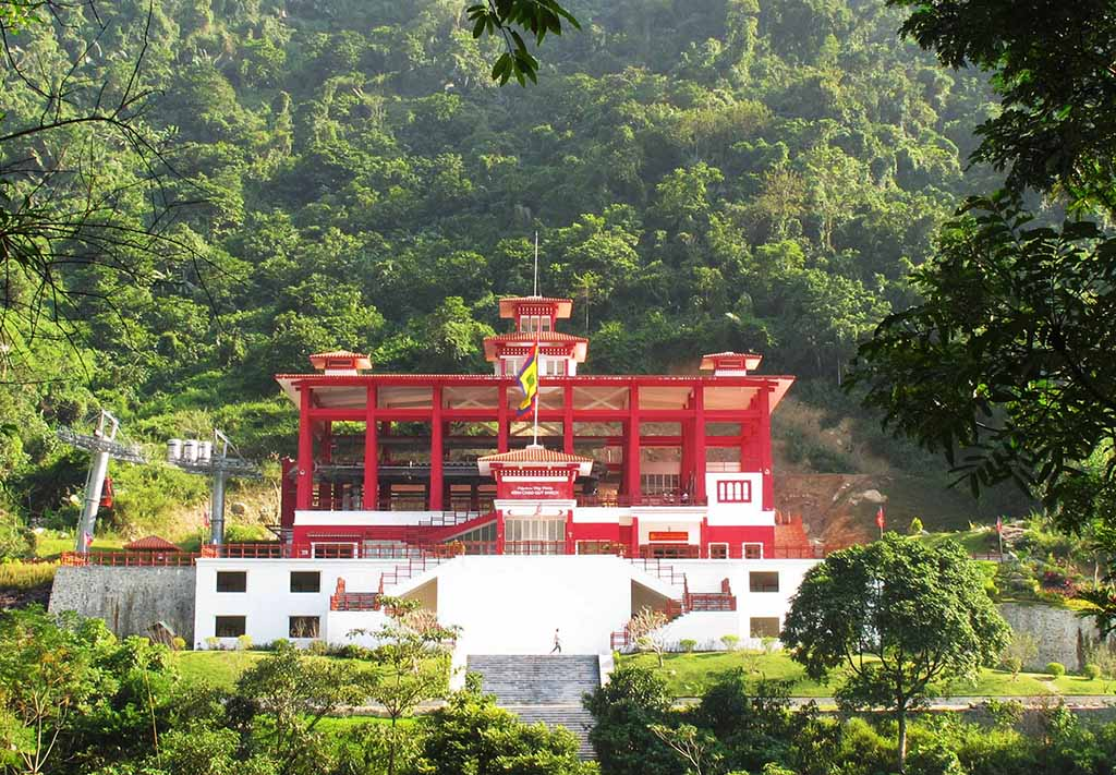 The first point of trekking tour is Tay Thien Temple