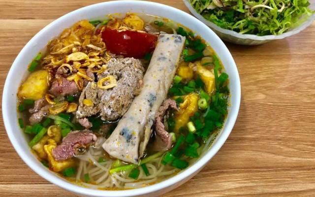 Beef noodles in Ta Hien