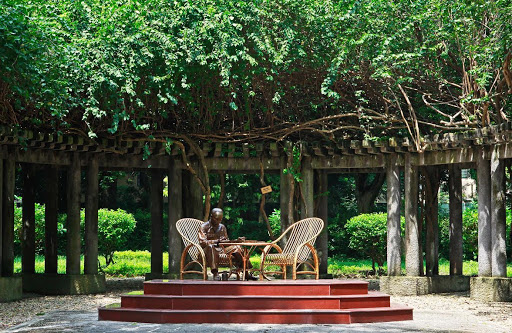 A corner of garden where President Ho used to sit with his guests