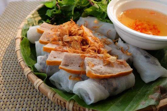 Banh Cuon served with Cha